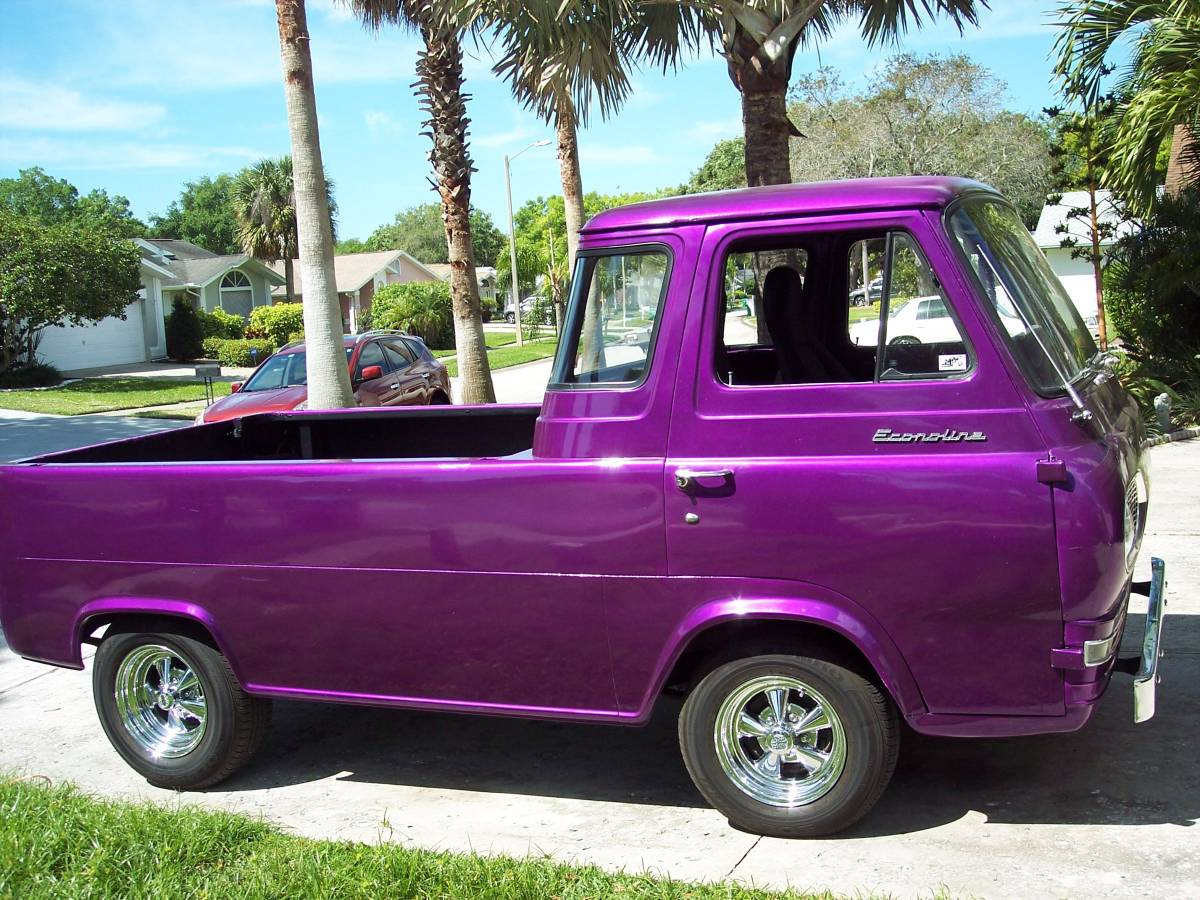 1961 Ford Econoline 8 cylinder Pickup Truck For Sale in Palm